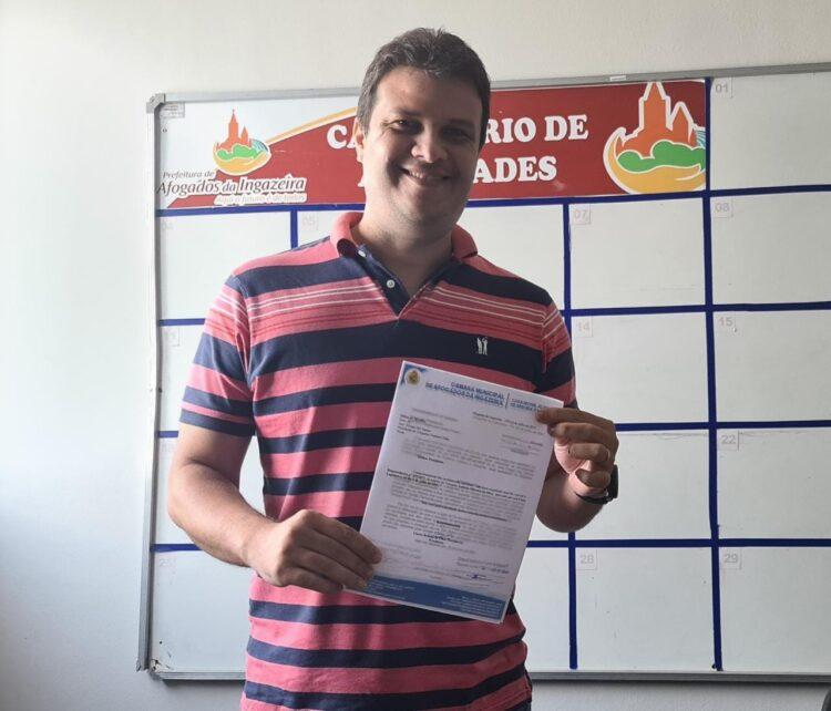 Edygar Santos recebe voto de aplausos da Câmara de Vereadores de Afogados da Ingazeira